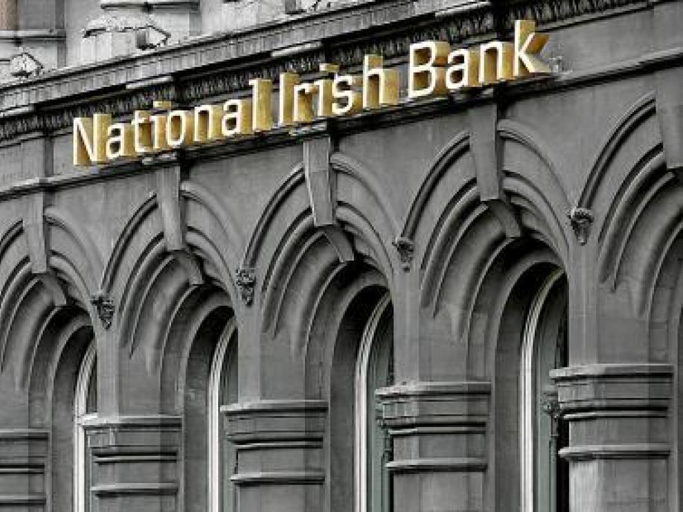 Fachada de la sede del National Irish Bank en Dublín.