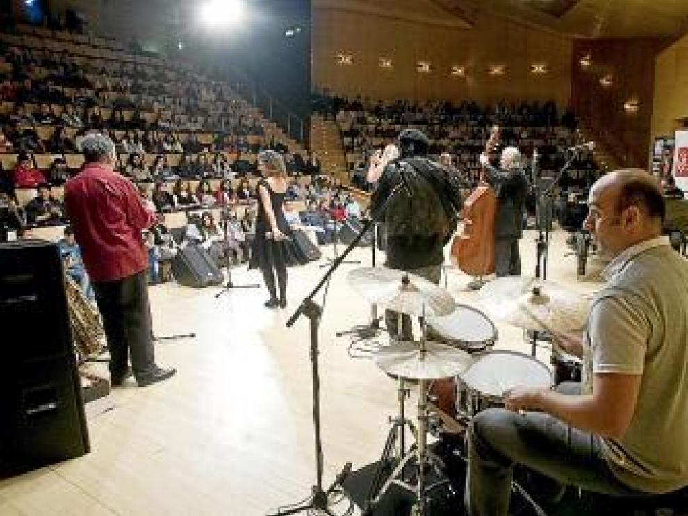 Sesión de ayer del ciclo de jazz para niños en el Auditorio.