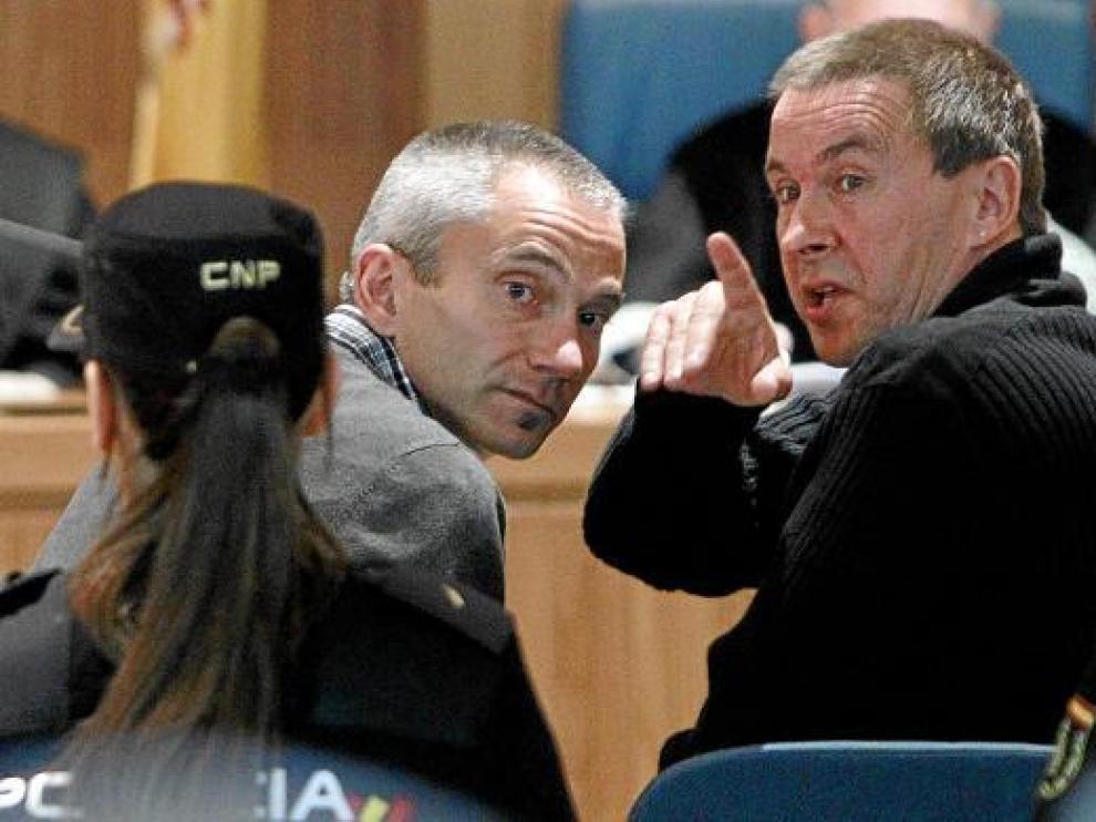 El dirigente batasuno, con el dedo levantado, durante el juicio celebrado en la Audiencia Nacional.