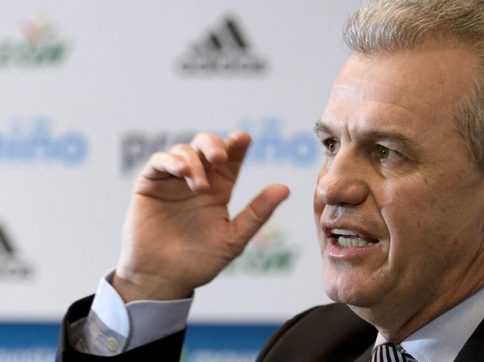 Aguirre, en el presentación como nuevo entrenador del Real Zaragoza