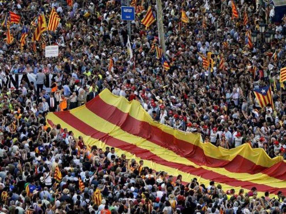 Un momento de la manifestación contra la sentencia del 'Estatut' celebrada en Barcelona el pasado 10 de julio.
