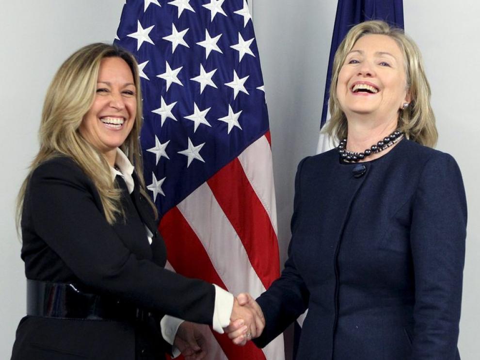 Trinidad Jiménez, con su colega estadounidense, Hillary Clinton.