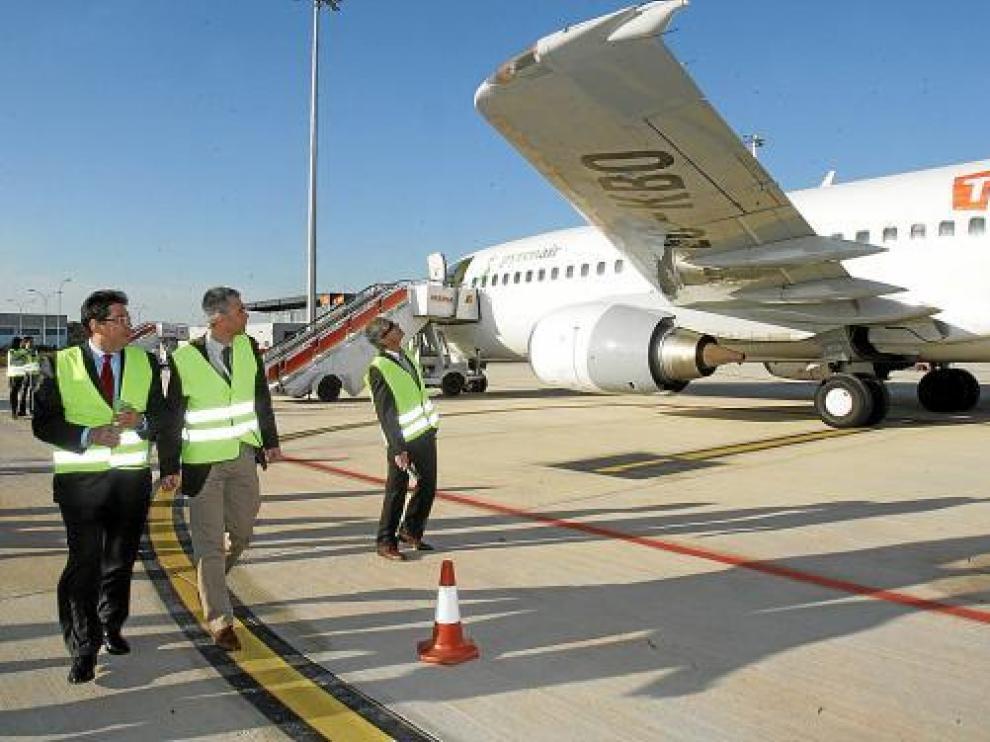 El convenio entre DGA y Pyrenair obliga a la compañía a promocionar el turismo de Aragón.