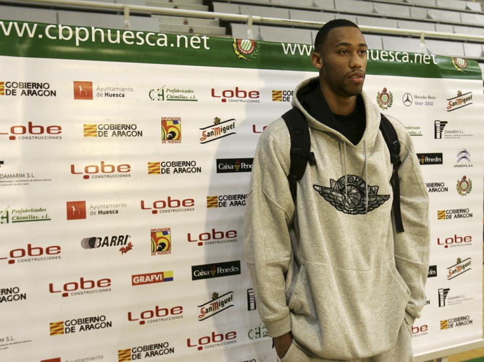 Atkinson se presenta en Huesca.