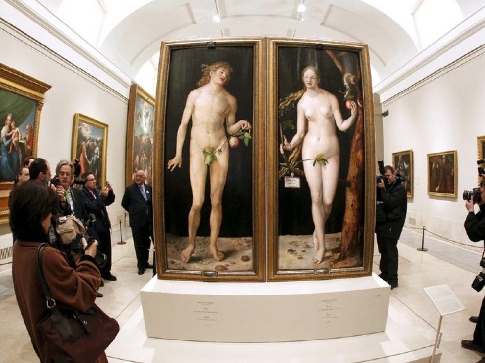 Vista de los dos cuadros en el Prado.
