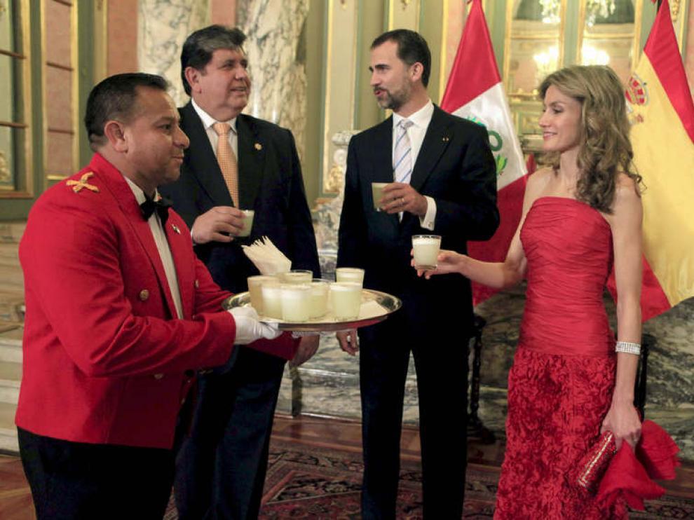 Los Príncipes, junto al presidente de Perú, Alan García