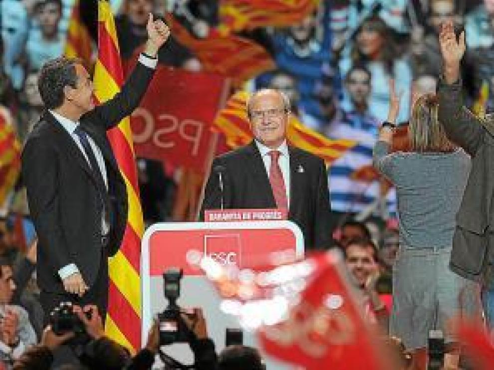 Zapatero, Montilla y González, ayer en Barcelona.