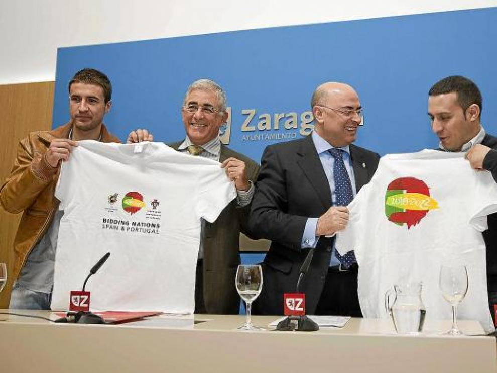 Gabi, Manuel Blasco, Francisco Checa y Manuel Ceamanos apoyaron ayer a la Candidatura Ibérica.