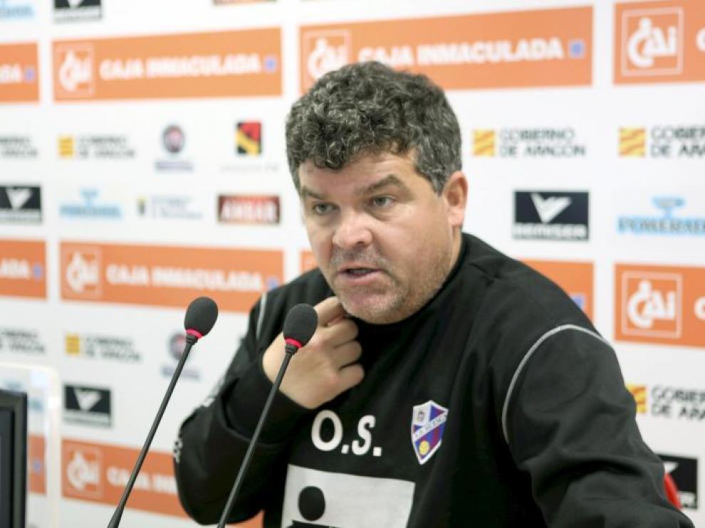 Onésimo, ayer, en la rueda de prensa donde analizó la situación del equipo.