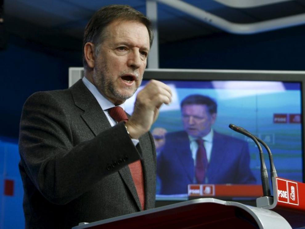 Marcelino Iglesias durante una rueda de prensa.