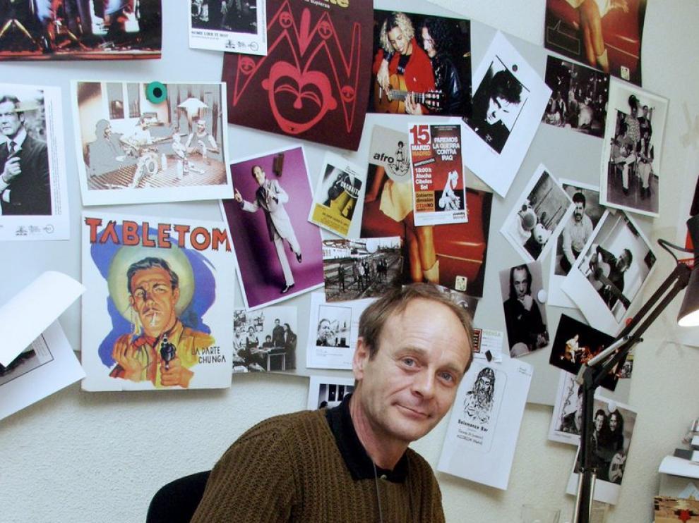 Mario Pacheco en la sede de Nuevos Medios, la discográfica que él mismo fundó