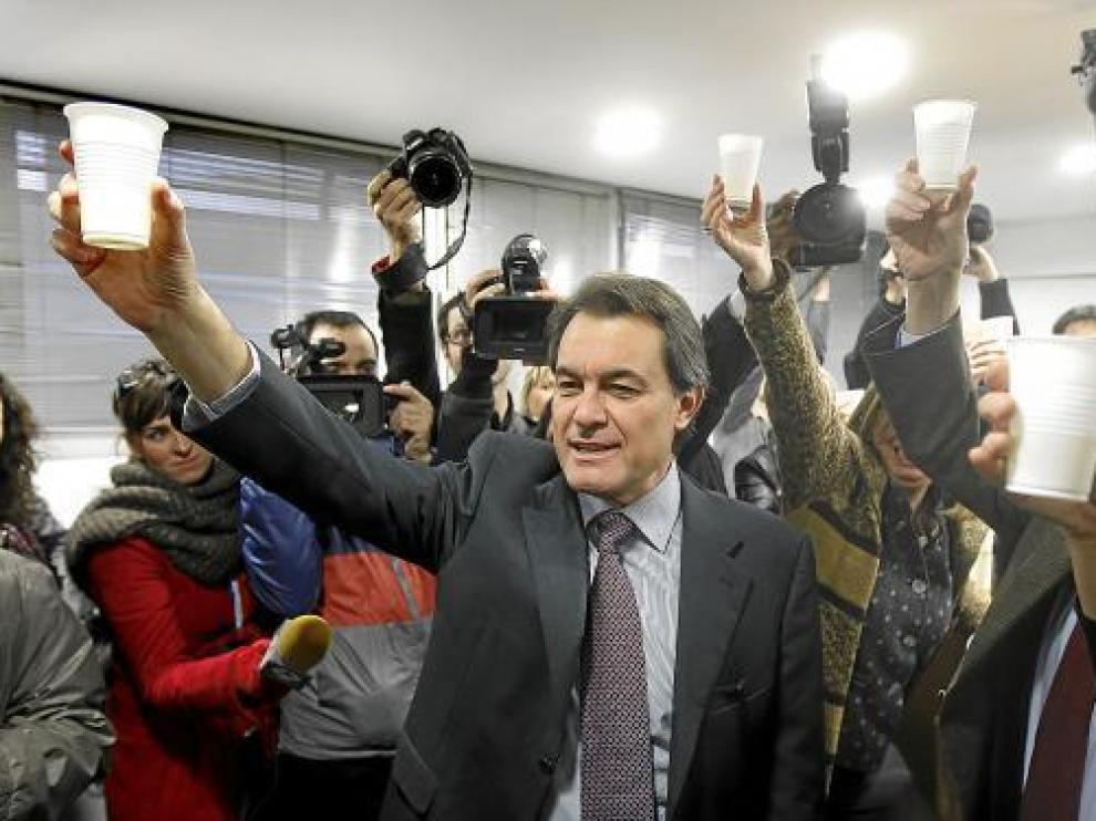Artur Mas, ayer por la mañana en la sede de CiU, en la celebración de la victoria.