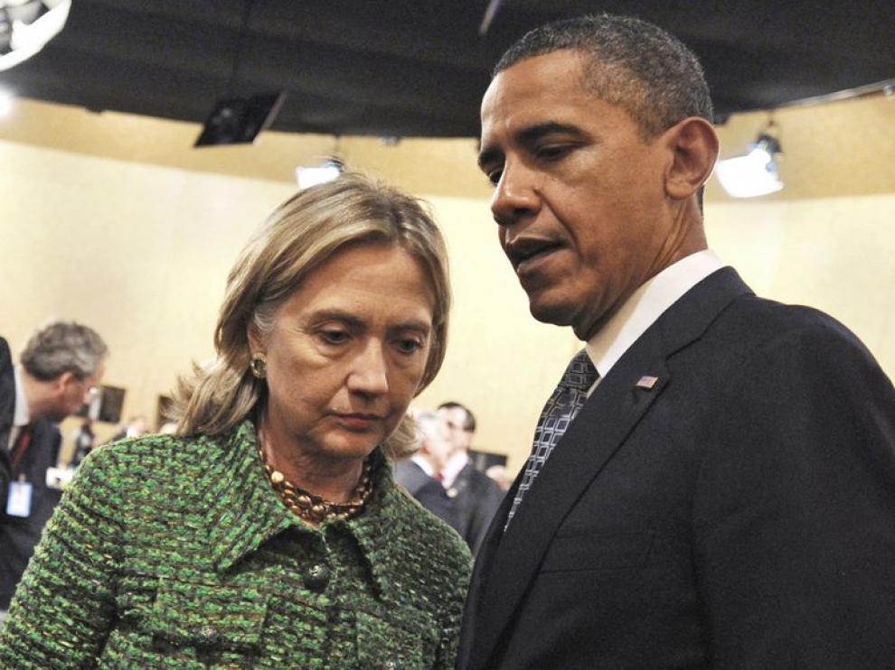 Obama con Clinton, durante la cumbre de la OTAN celebrada en Lisboa