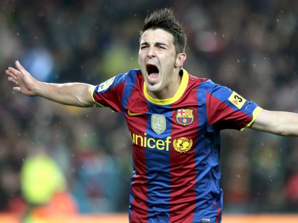 Villa celebra uno de los dos tantos que anotó.