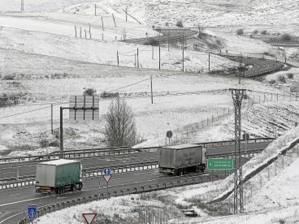 Estado, ayer, de la A-67 en el límite con Cantabria.