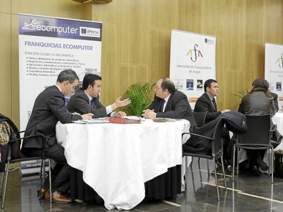 Encuentro de franquiciadores en busca de asociados, ayer en Zaragoza.