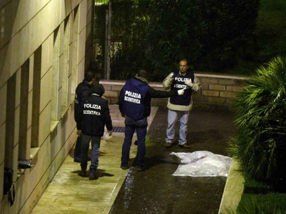 El cuerpo de Monicelli, frente a la clínica donde estaba hospitalizado