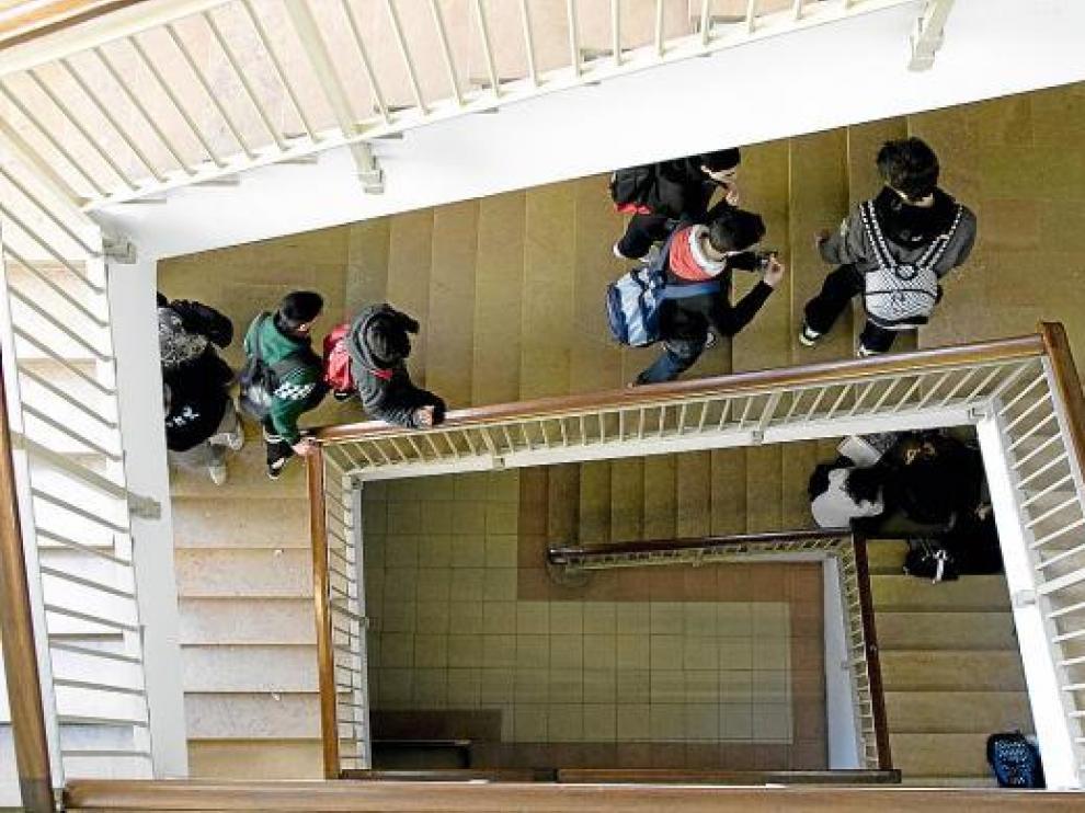 Imagen de archivo de alumnos del Instituto de Enseñanza Secundaria Goya, en Zaragoza.