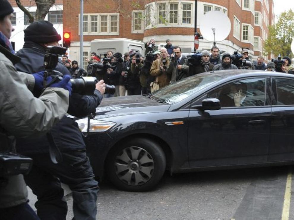 Julian Assange a su llegada a los juzgados