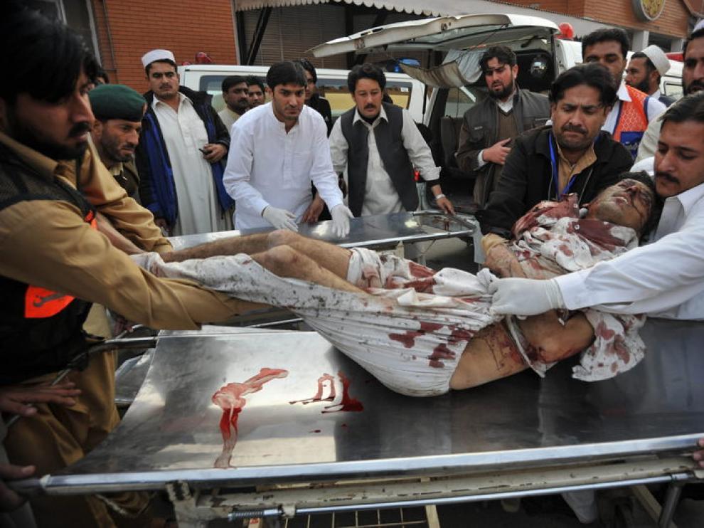 Una de las víctimas del doble atentado suicida.