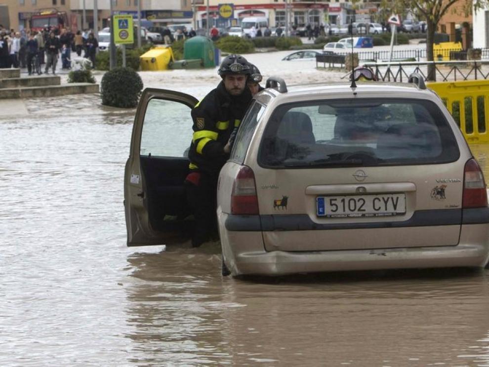 Inundado el casco urbano de Écija