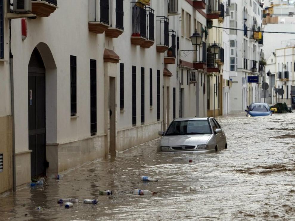 Miles de afectados por las inundaciones