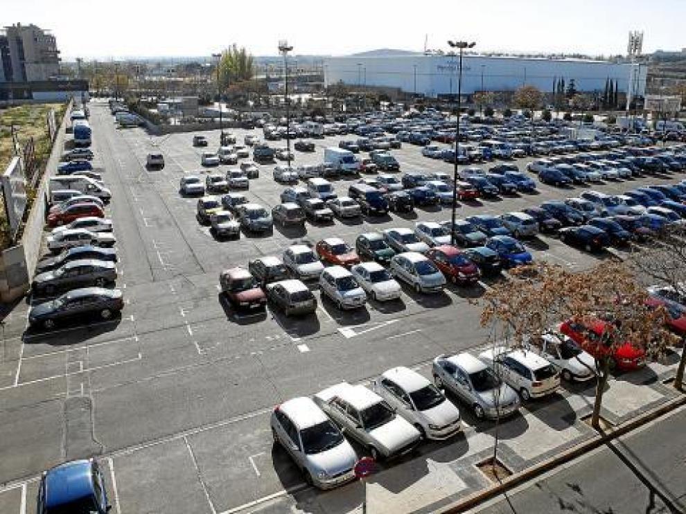 En este aparcamiento provisional se levantarán 354 viviendas de protección oficial.