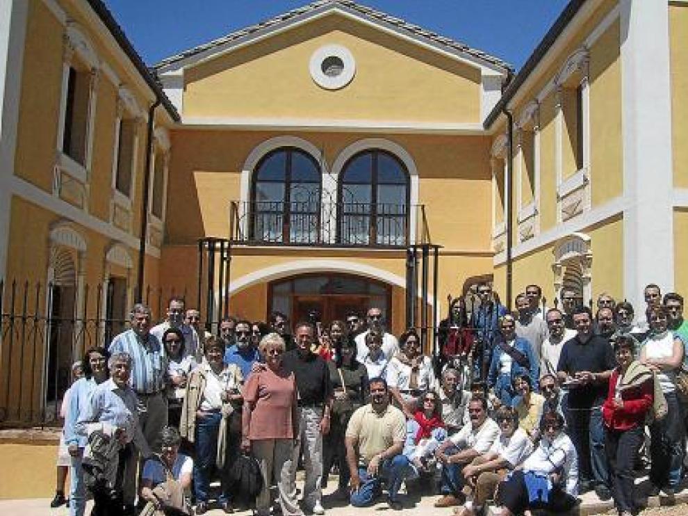 Un grupo de visitantes en Blecua, una de las bodegas más hermosas.