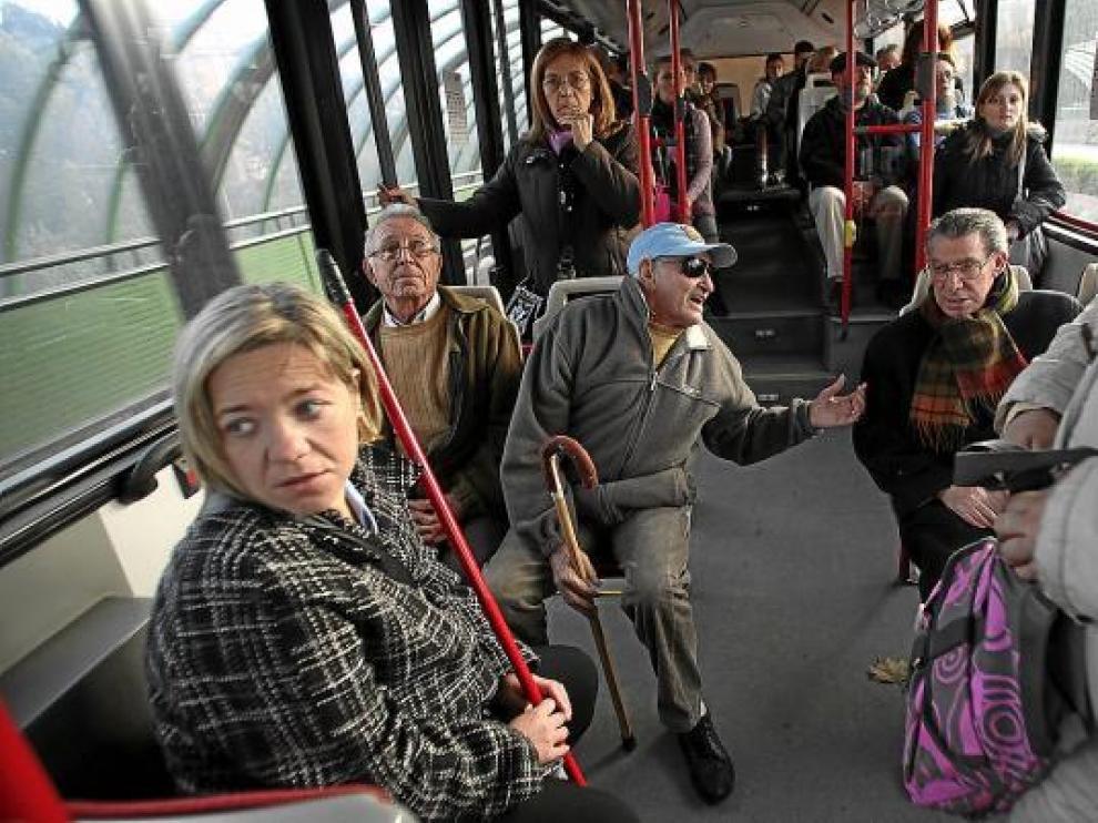 Subvenciones para los bonos del bus urbano.