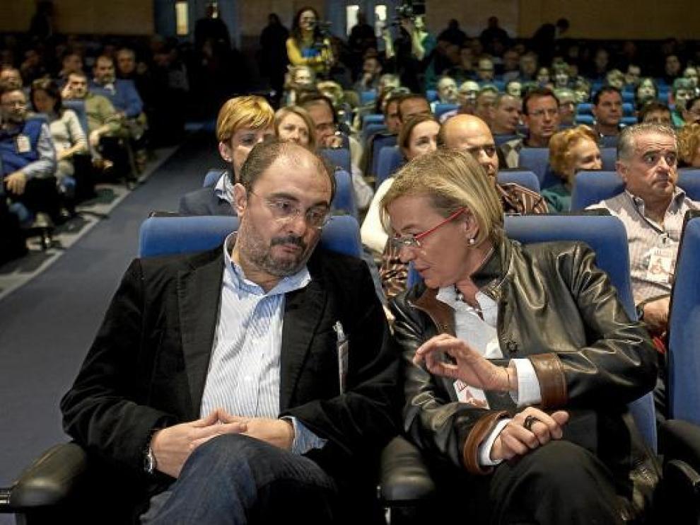 Imagen de archivo de Javier Lambán junto a Eva Almunia