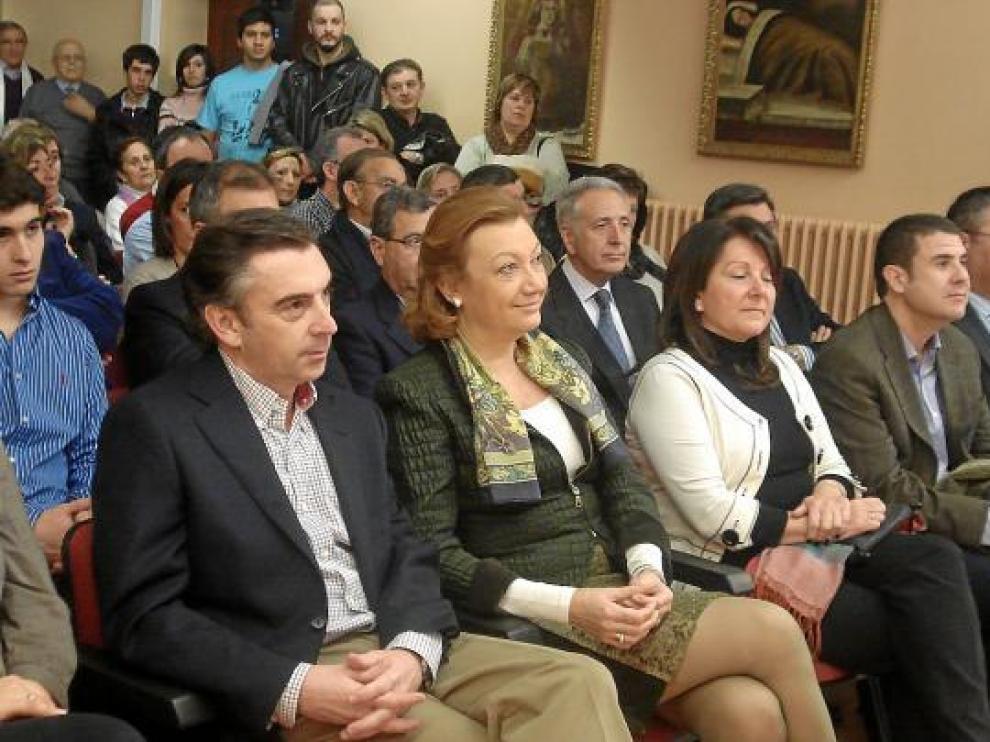 De izquierda a derecha, Beamonte, Rudi y Plantagenet, durante el acto de ayer en Tarazona.