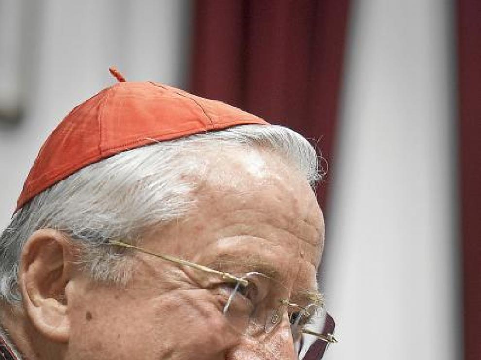 """Ennio Antonelli: """"Las palabras del Papa sobre el preservativo no suponen un cambio"""""""
