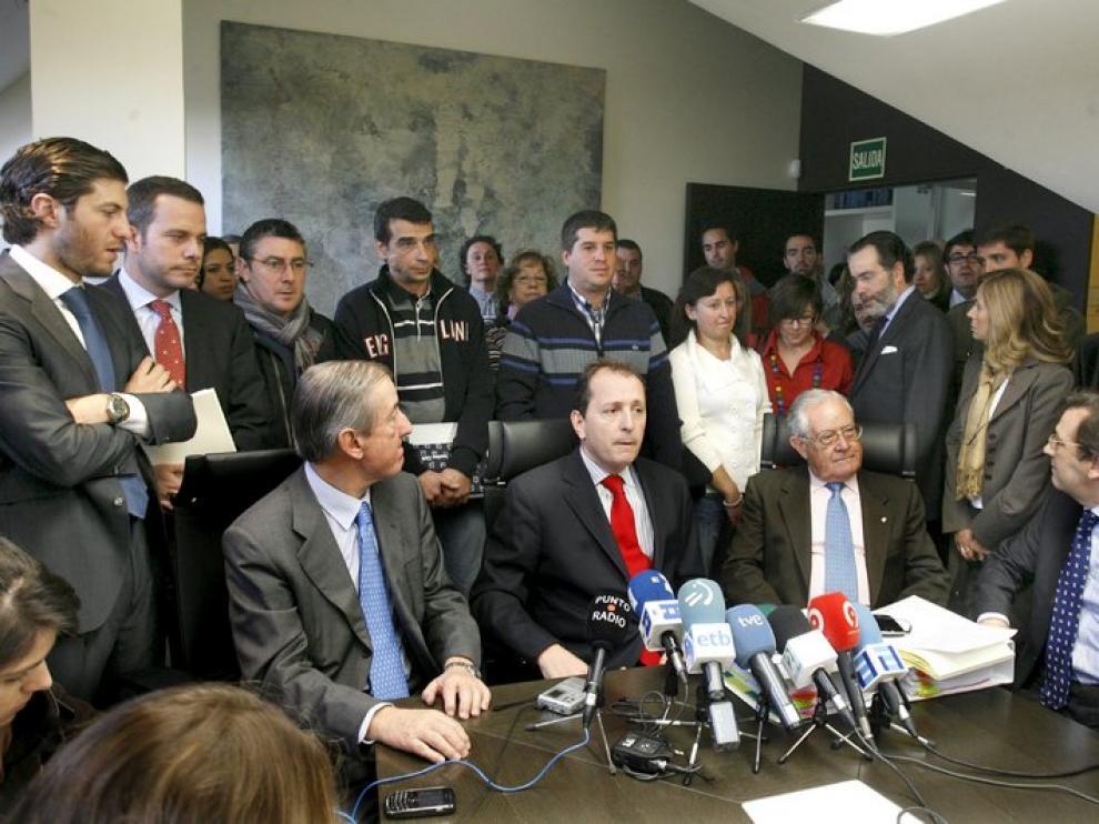 La plataforma de afectados por la huelga de controladores ha ofrecido una rueda de prensa