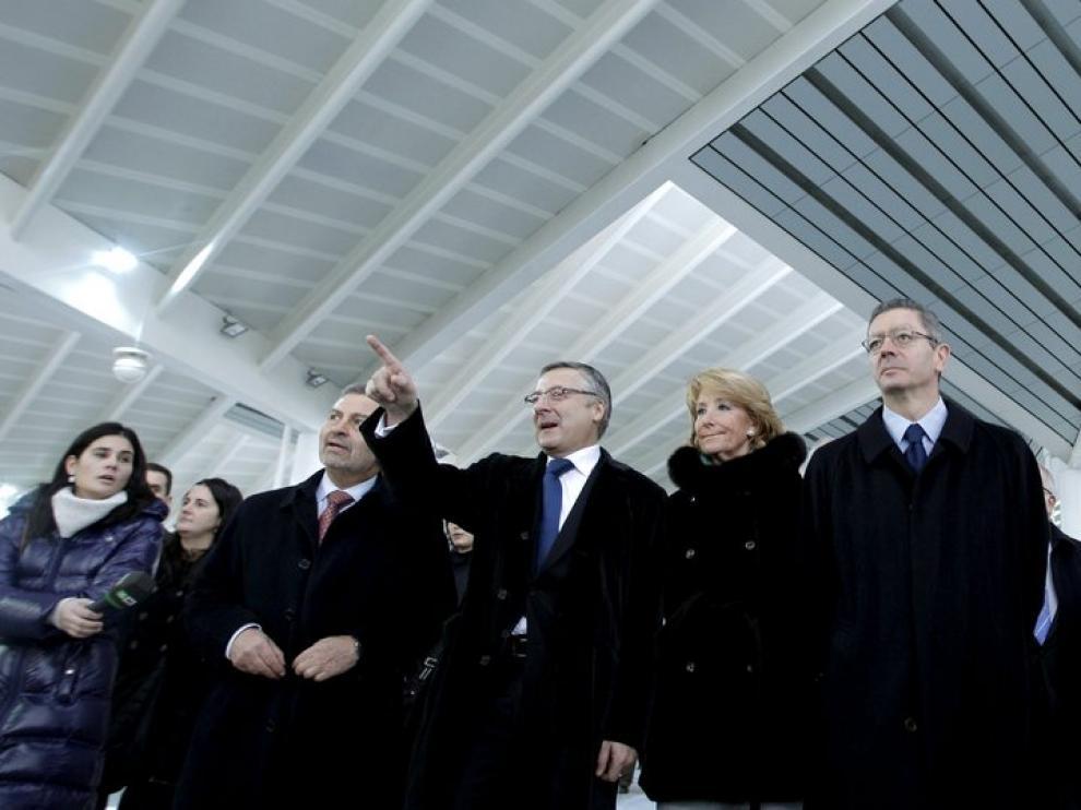 Blanco, Aguirre y Gallardón, en la inauguración en Atocha