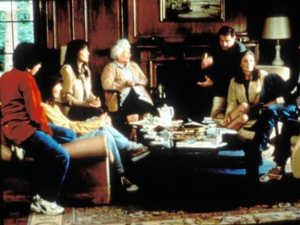 Fotograma de la película española 'Familia', de Fernando León y estrenada en 1996.