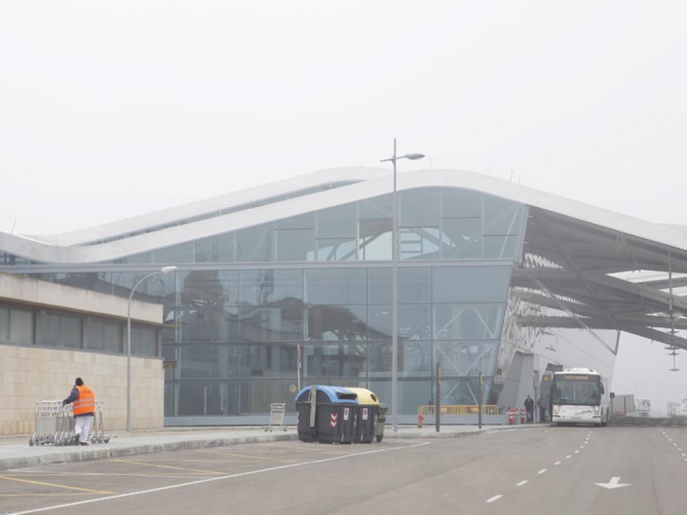 Niebla en el aeropuerto de Zaragoza