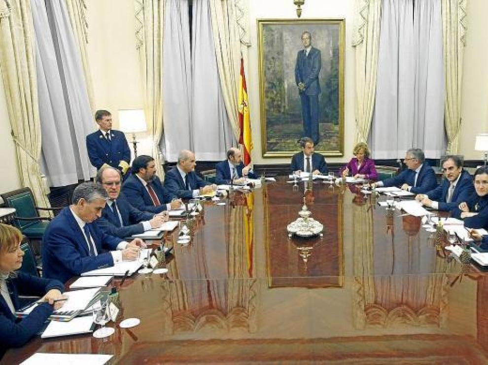 Los ministros, ayer en el consejo extraordinario en el que decidieron la prórroga.