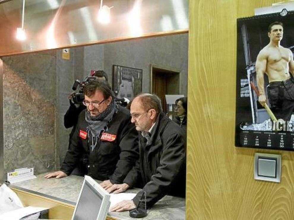 Los líderes de CC. OO. y UGT Aragón, Julián Buey y Julián Lóriz