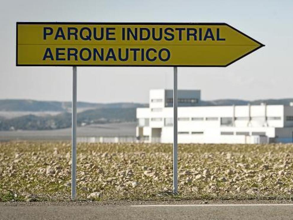 Tras la quiebra de CAG y el cese de actividad de Tecnam, el parque industrial aeronáutico de Villanueva de Gállego, de 70 hectáreas, es un erial.