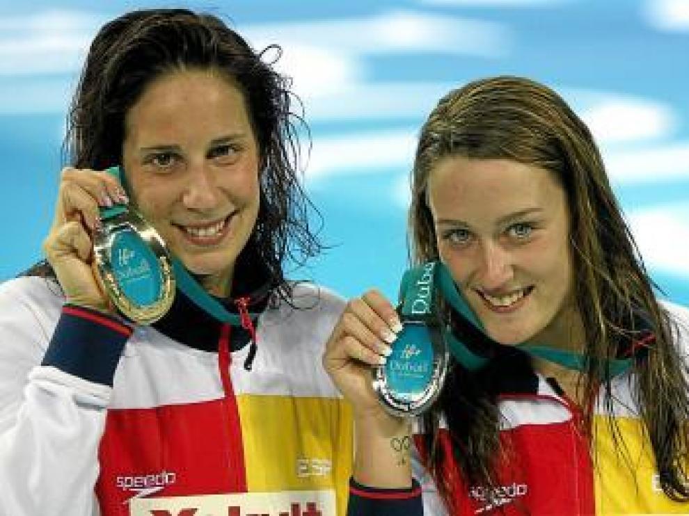 Erika Villaécija y Mireia Belmonte, oro y plata en 800.