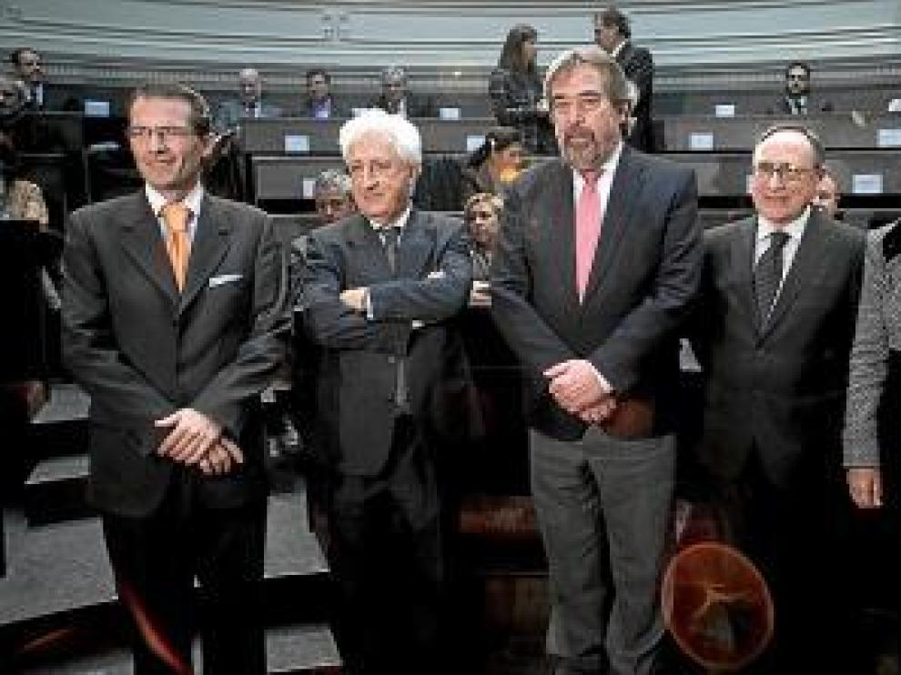 José Antonio Ramos, Fernando García Vicente, Juan Alberto Belloch, Carlos Sauras y Ana Fernández.