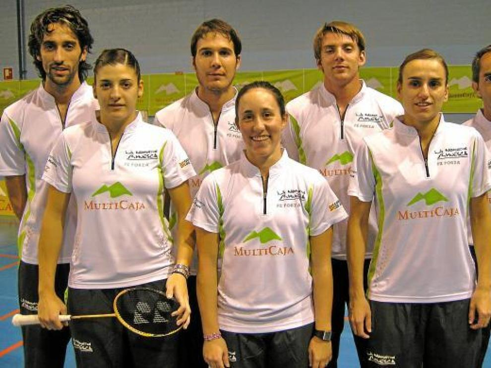 El Multicaja Huesca recibe al mejor equipo nacional de bádminton, el IES La Orden.
