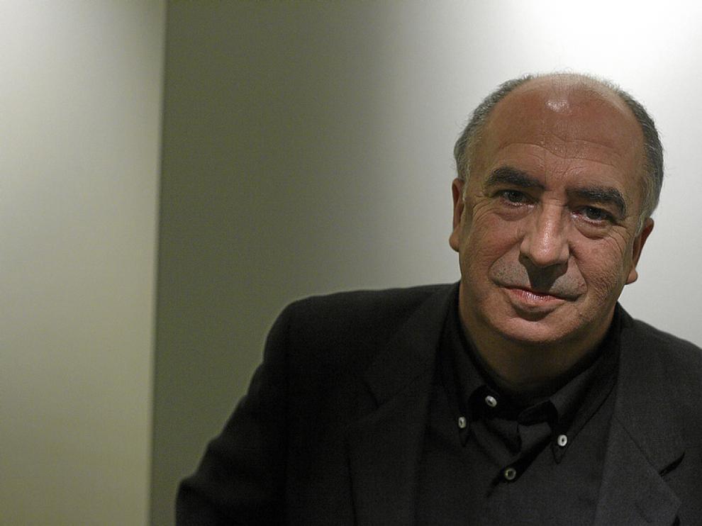 El poeta zaragozano Ángel Guinda, nuevo Premio de las Letras Aragonesas 2010.