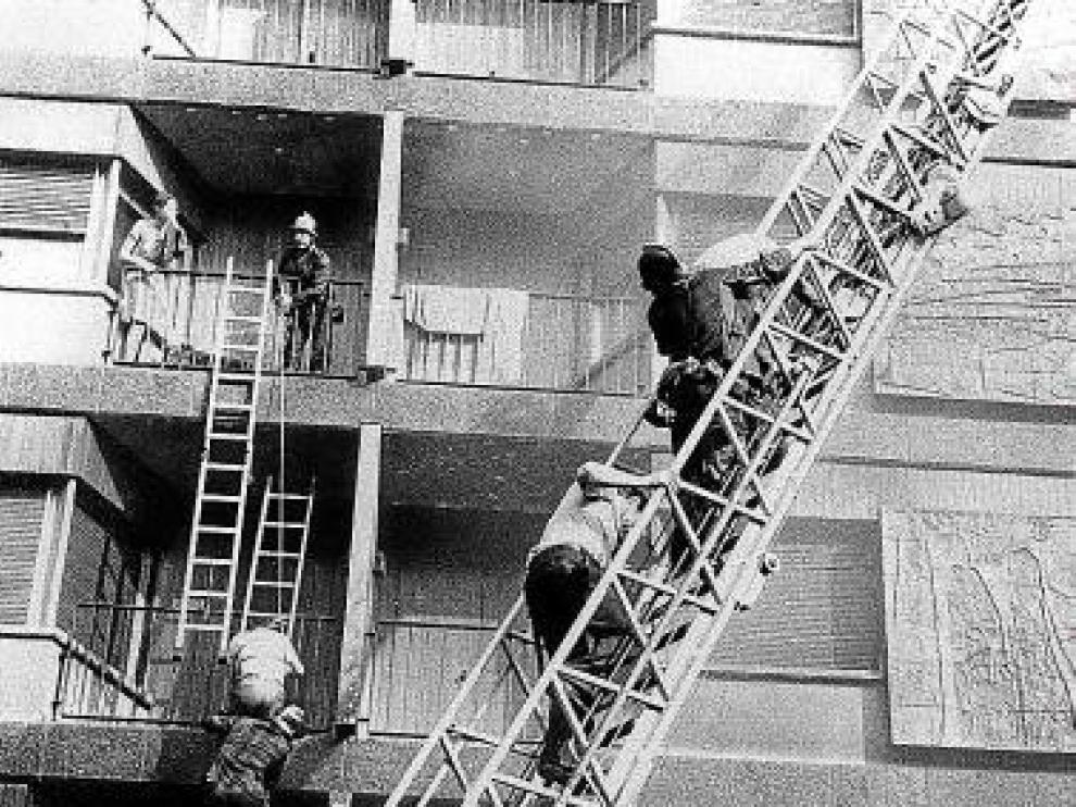 Una imagen del rescate del incendio de aquel 12 de julio de 1979.