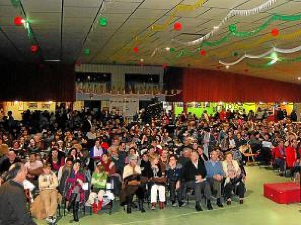 Unas 1.200 espectadores escucharon el encuentro.