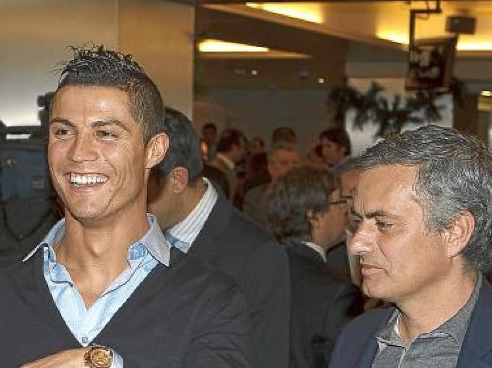 Ronaldo y Mourinho, poco antes de la comida de ayer.