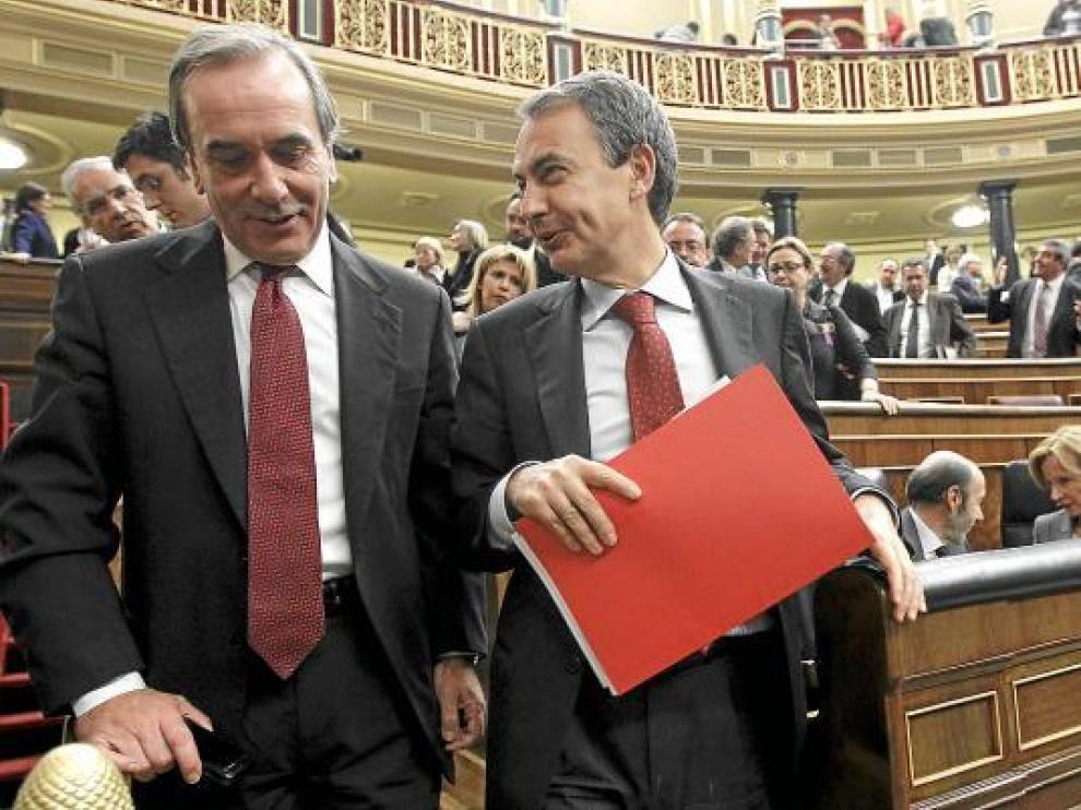 José Antonio Alonso, junto a Zapatero