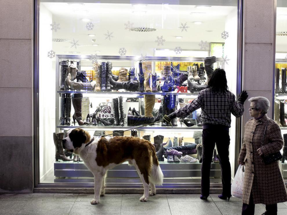 ¿Cuándo sentimos un fuerte deseo de salir de compras?
