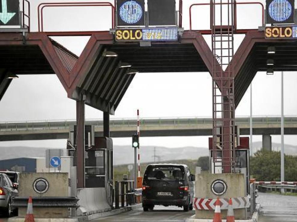 Solo los conductores que llevan el sistema Vía T pueden beneficiarse del peaje gratis de 24 horas.