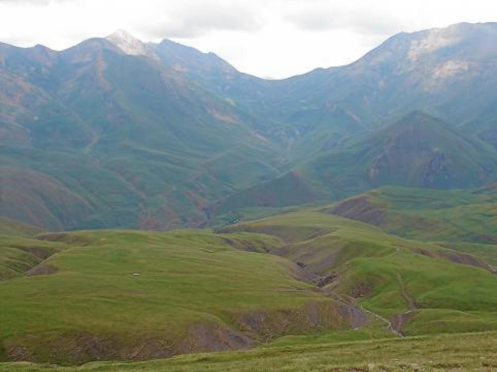 Medio Ambiente ha autorizado la ampliación de la estación de Cerler por el valle de Castanesa, en la foto.